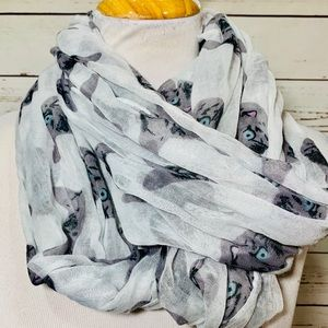 {CHARLET RUSSE} Cat Infinity Scarf